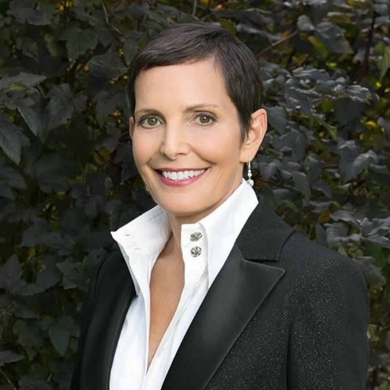 Μορίν Σικέτ: H πρώην CEO της Chanel γίνεται πρόεδρος της Credo και δείχνει πως η βιώσιμη ομορφιά, είναι γυναικεία υπόθεση