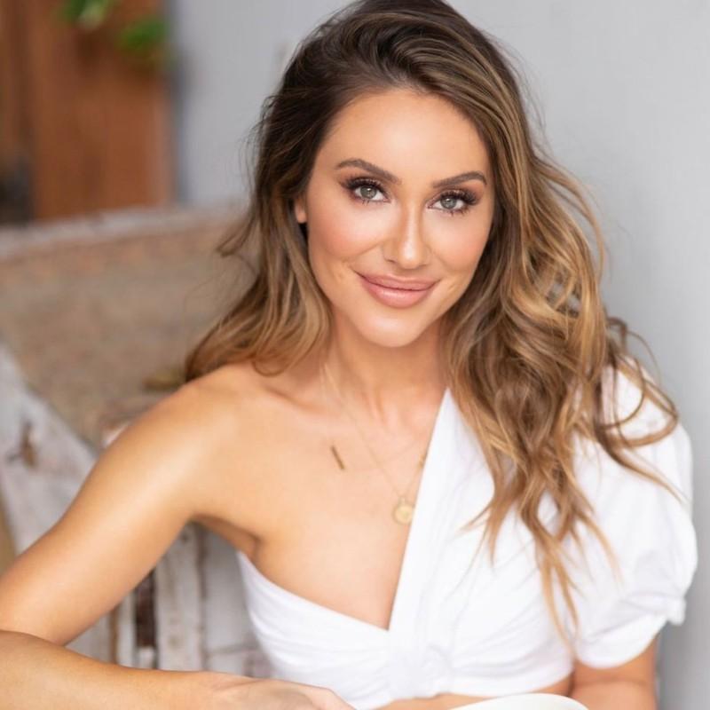 Κριστίν Μπούλοκ: Η κατά συρροή επιχειρηματίας που κατακτά το χώρο του wellness