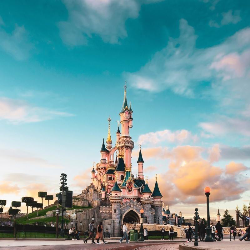 Disney: Στα τέλη Απριλίου θα επαναλειτουργήσουν τα θεματικά της πάρκα στην Καλιφόρνια
