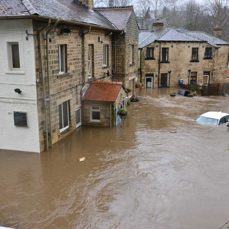 To σκληρό πρόσωπο της κλιματικής αλλαγής: Πρωτοφανείς πλημμύρες ανάγκασαν χιλιάδες Αυστραλούς να εγκαταλείψουν τα σπίτια τους