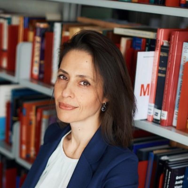 Έφη Βαγενά: Η Πρόεδρος της Εθνικής Επιτροπής Βιοηθικής και Τεχνοηθικής