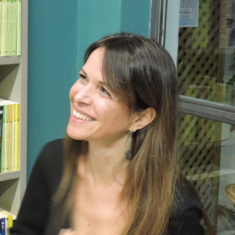 Ξένια Κουναλάκη: Κάθε γυναίκα να κάνει ό,τι θέλει, χωρίς ενοχές. Αυτό αποτελεί για μένα αληθινή χειραφέτηση