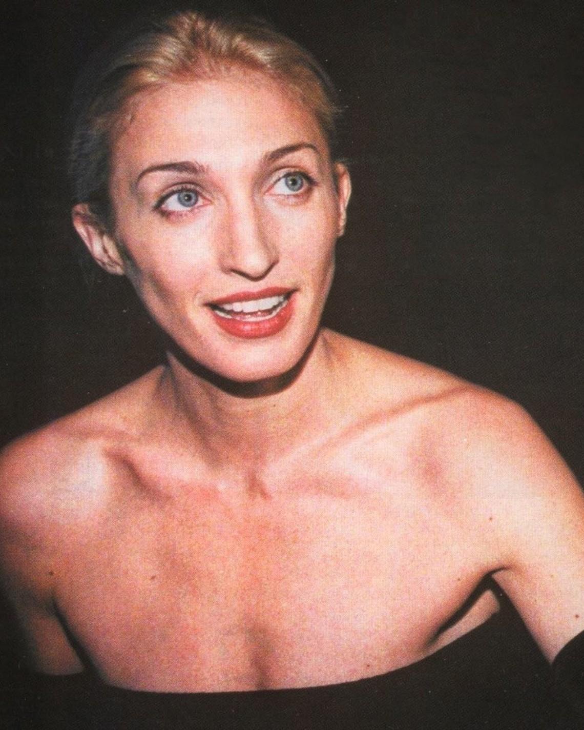 Καρολίν Μπεσέτ - Κένεντι: Το διασημότερο «it girl» των 90s που το παραμύθι της τελείωσε νωρίς