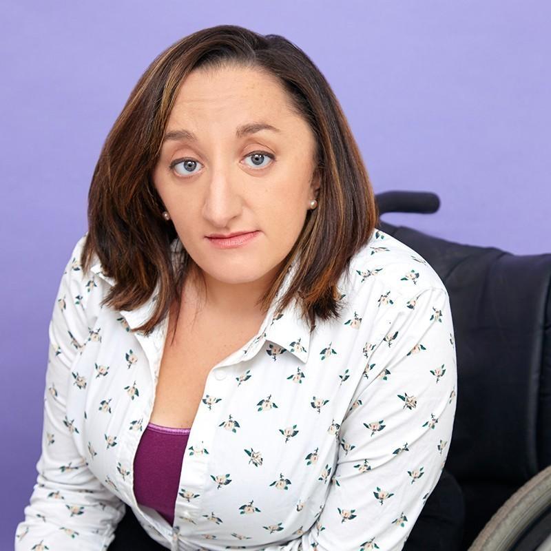 Η Νικόλ Λιν Έβανς μετέτρεψε την αναπηρία σε υπερδύναμη και κατακτά το Χόλιγουντ